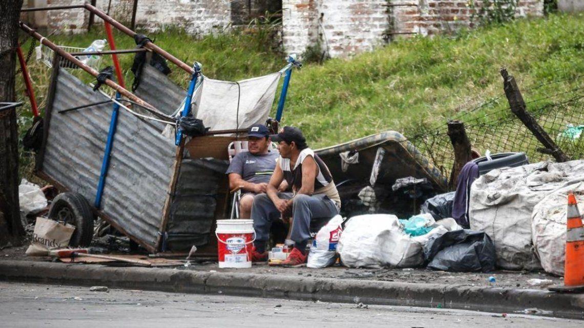 La pobreza llegó a un récord de 44