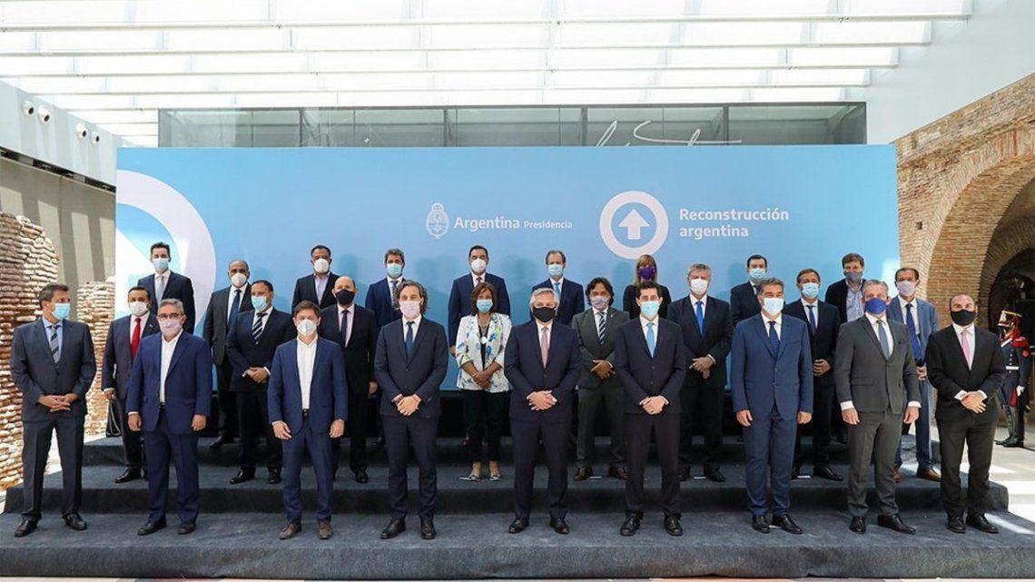 El presidente de la Nación firmó con 22 provincias una nueva versión del Consenso Fiscal