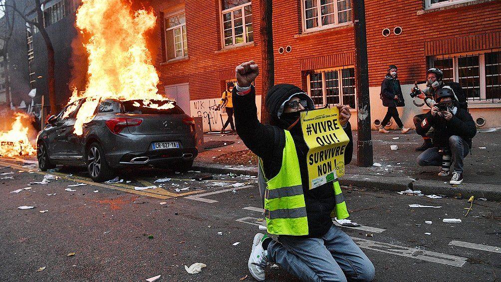 Francia: manifestaciones en 90 ciudades en contra de ley que protege a los policías