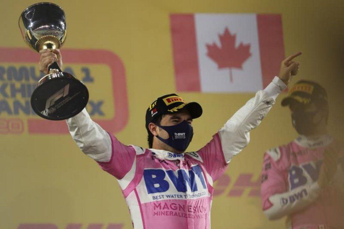 Checo ganó por delante del francés Esteban Ocon (Renault) y de su compañero