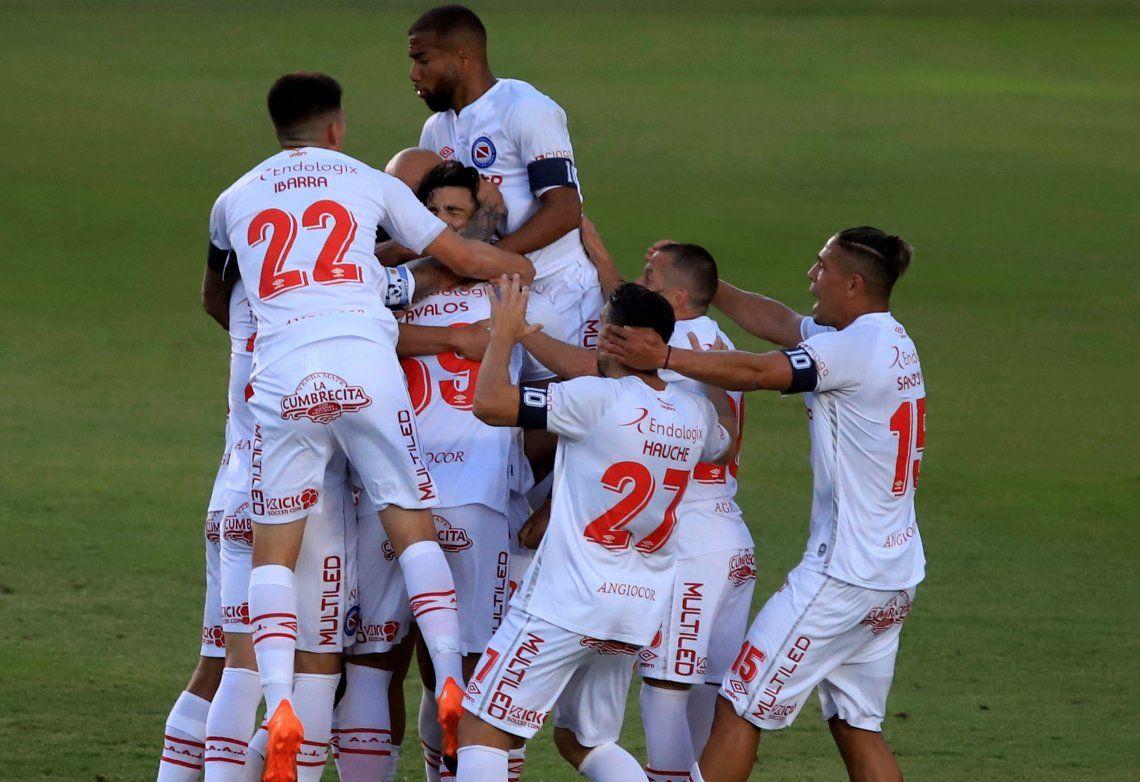 Argentinos Juniors derrotó a Estudiantes.