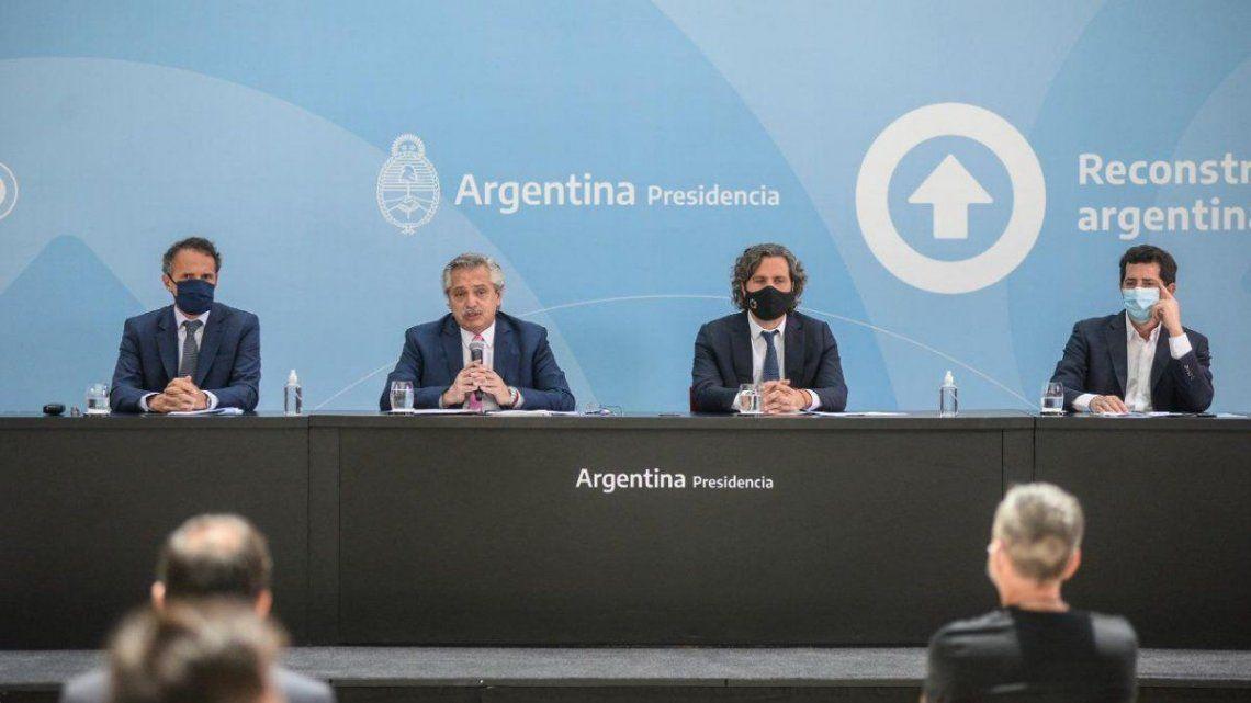 El presidente Alberto Fernández estuvo acompañado de Santiago Cafiero