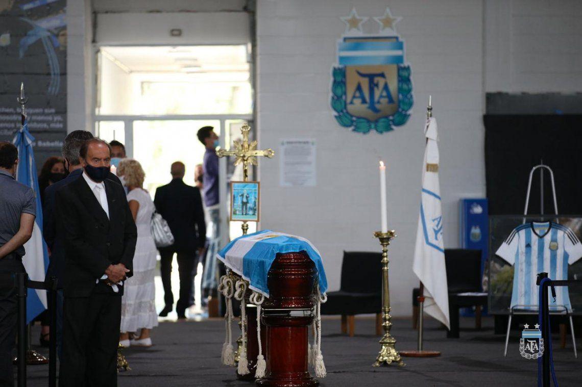 Alejandro Sabella está siendo velado en el predio de la AFA.