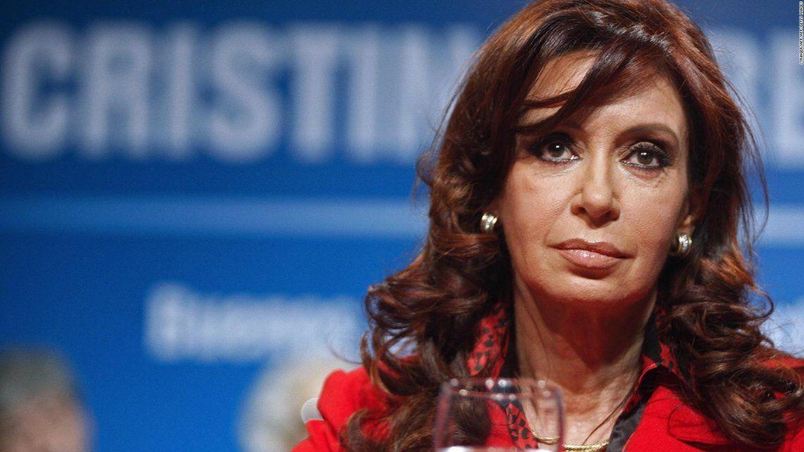 Cristina Kirchner critico a la COrte SUprema en su refelxión por el primer aniversario de gobierno