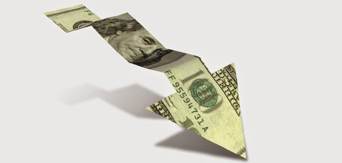 El dólar blue volvió a bajar