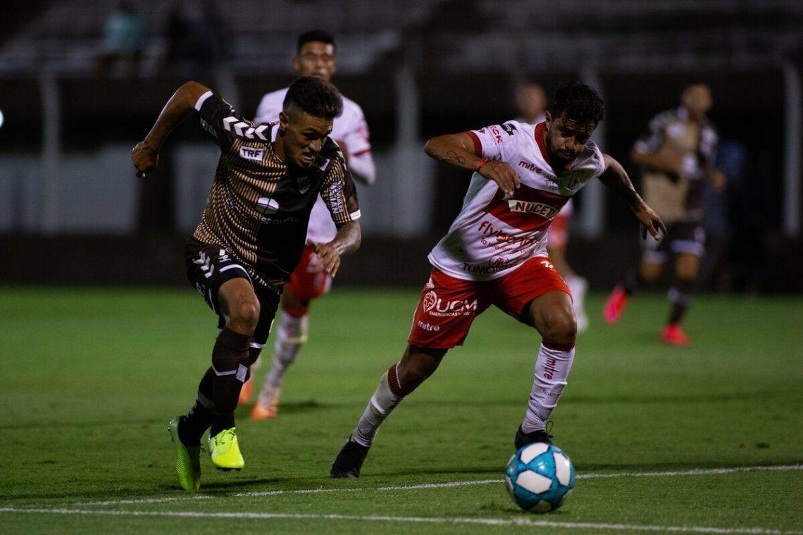 Platense visita a Estudiantes (RC) y si gana será el líder de la zona campeonato A.