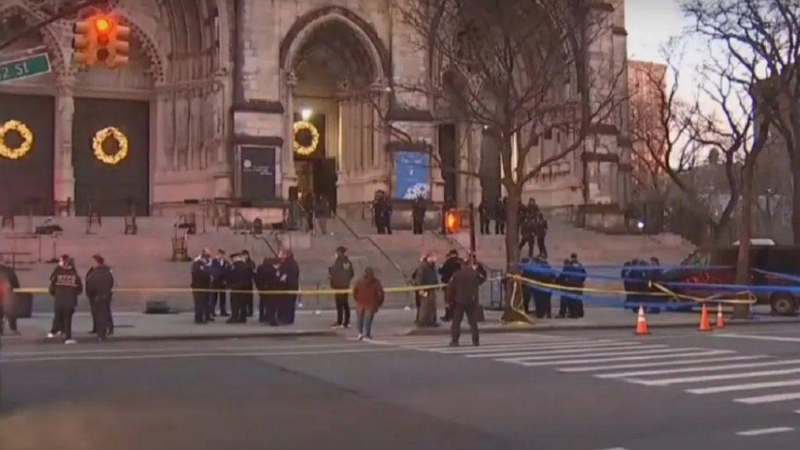 El tirador de Nueva York fue herido y debió ser trasladado en estado crítico.