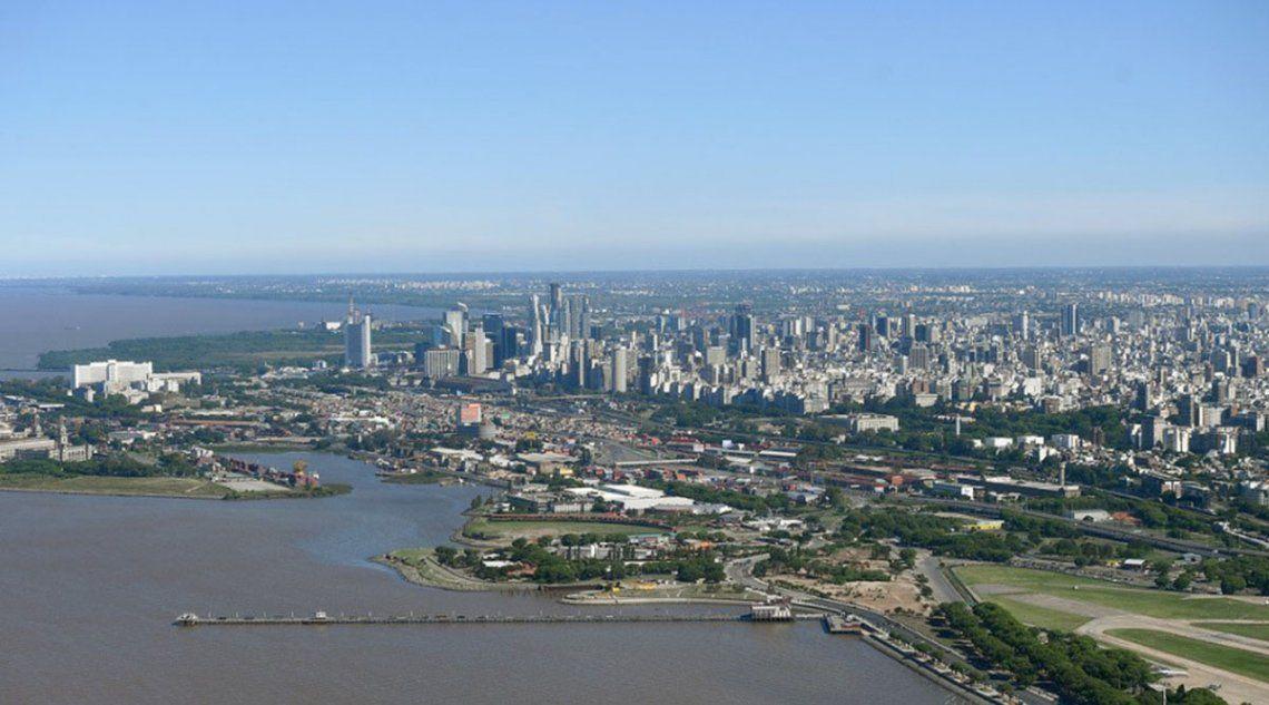 Un medio de Rusia criticó la falta de espacios públicos de los que dispone la Ciudad de Buenos Aires en la costa del Río de la Plata