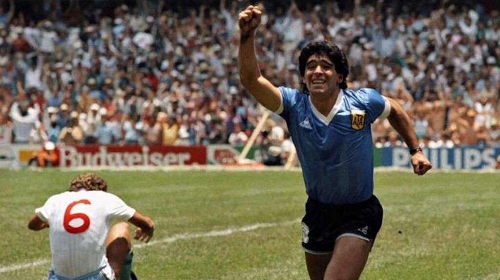 Italia porpone un triangular en homenaje a Maradona