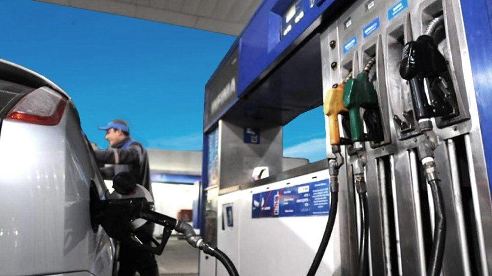 Desde hoy YPF aumentó naftas y gasoil.