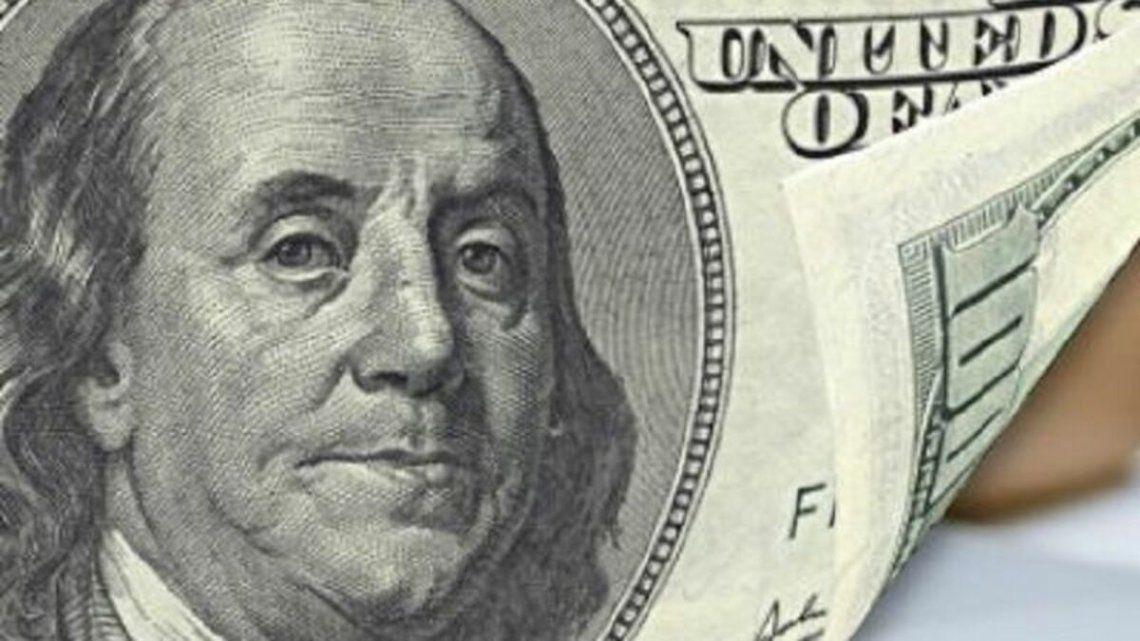 El dólar blue subió a $165