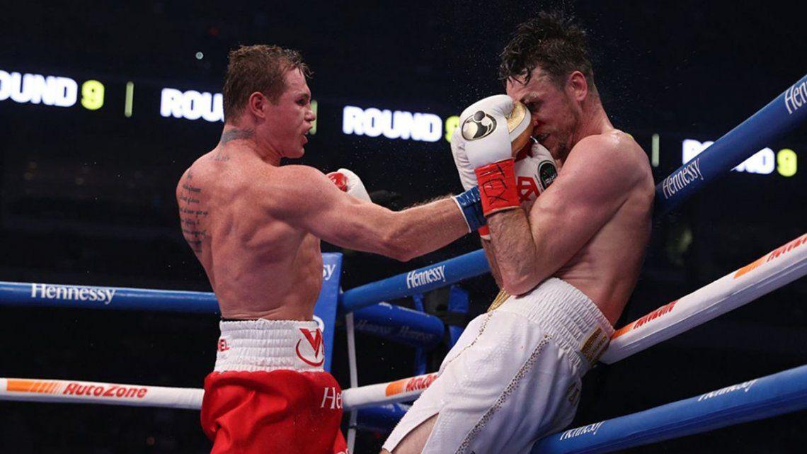 Boxeo: El regreso del mexicano fue seguido por 12.000 aficionados
