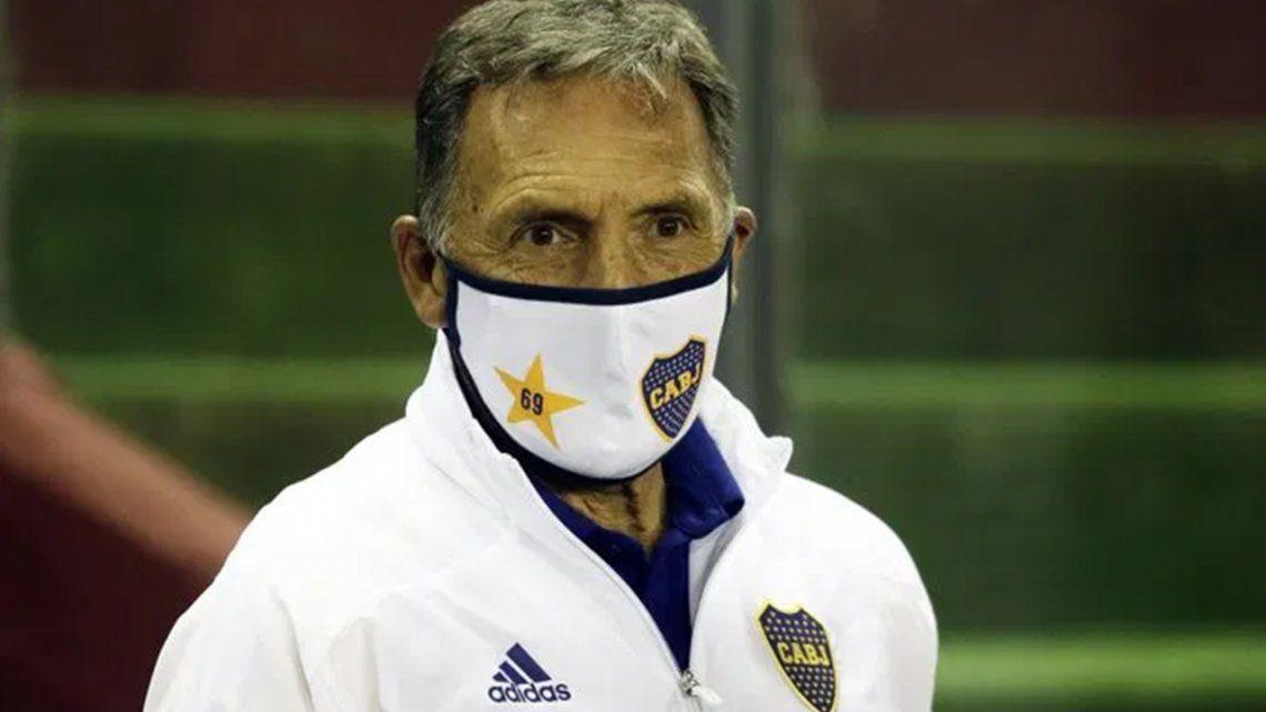 Miguel Russo confía en que Boca pueda superar la serie ante Racing.