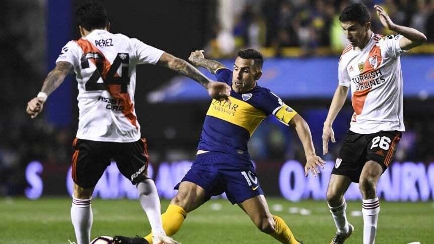 El superclásico entre Boca y River podría jugarse el 2 de enero.