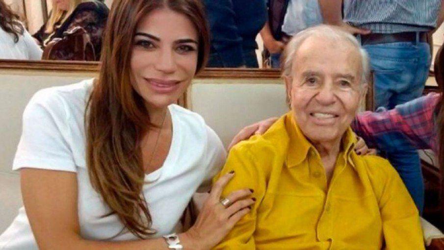 Carlos Menem sigue internado