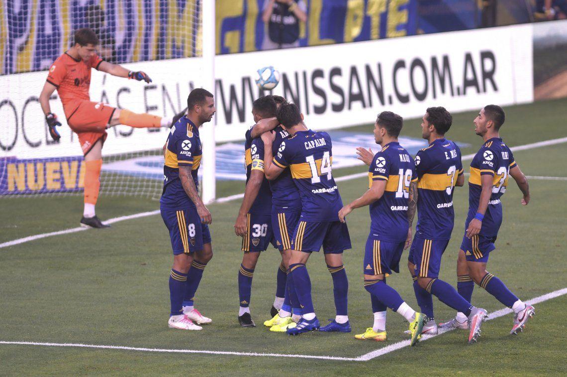Las mejores fotos de los triunfos de Boca y River por la Copa Diego Maradona
