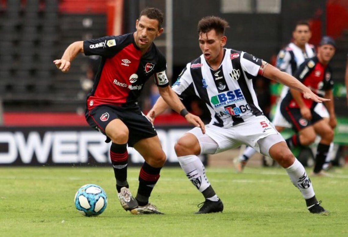 Newells venció a Central Córdoba y manda en su grupo