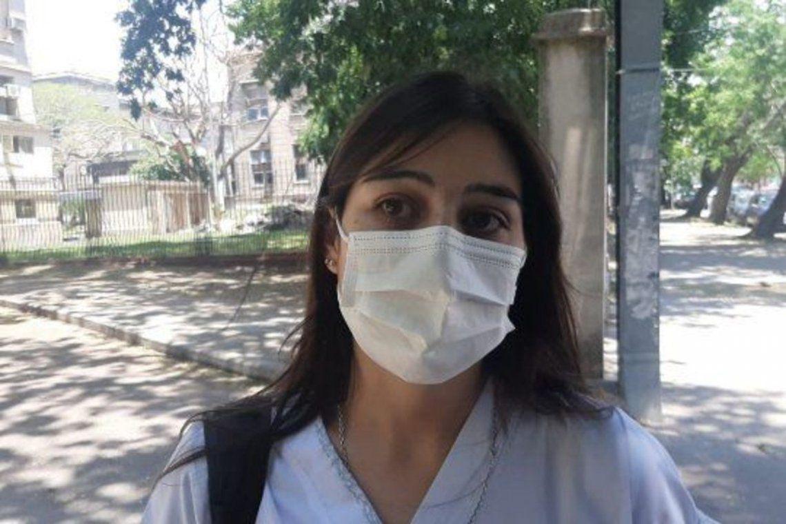 La enfermera Juliana Torquati recibió la vacuna.