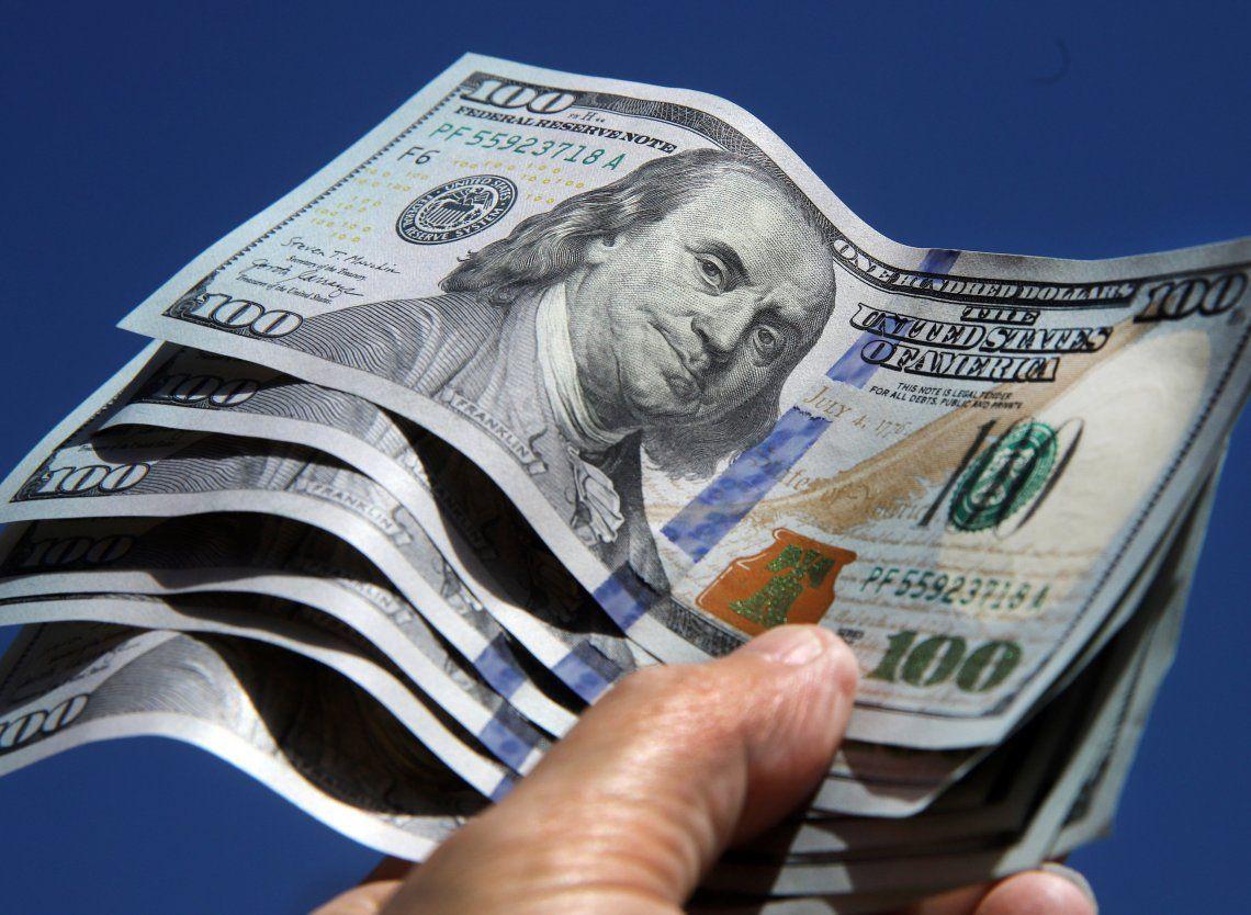 El dólar blue comenzó el año en el mismo nivel con el que cerró 2020.