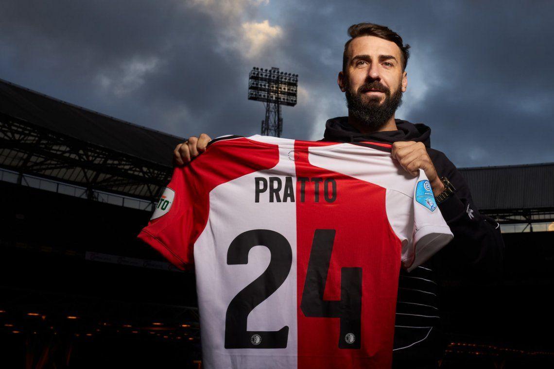 Lucas Pratto jugará en el Feyenoord por seis meses.
