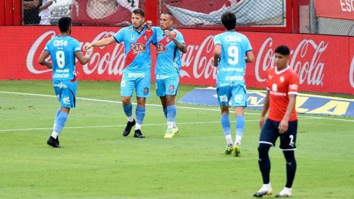 Arsenal le ganó un partidazó a Independiente.