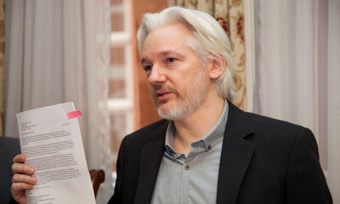 Assange es reclamado por la justicia estadounidense por filtrar archivos secretos
