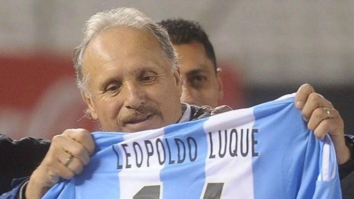 Leopoldo Jacinto Luqeu internado en grave estado por coronavirus