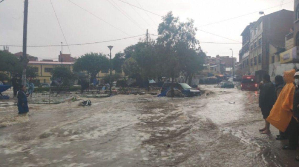 Bolivia: temporal de lluvia y granizo provoca muertos, heridos y desaparecidos