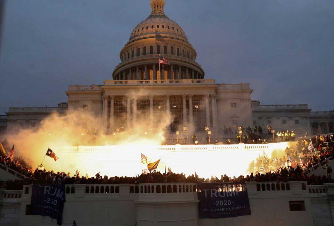 El asalto al Capitolio coincidió con la sesión de certificación de los votos electorales