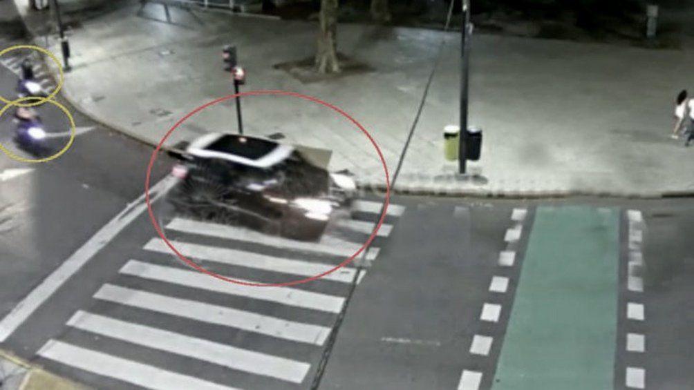 El auto conducido por el marido de Carolina Píparo.