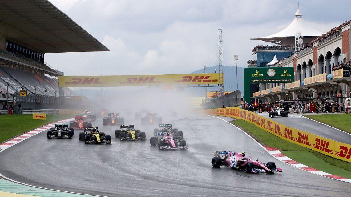 La Fórmula 1 aplaza su inicio y tiene nuevo calendario 2021.