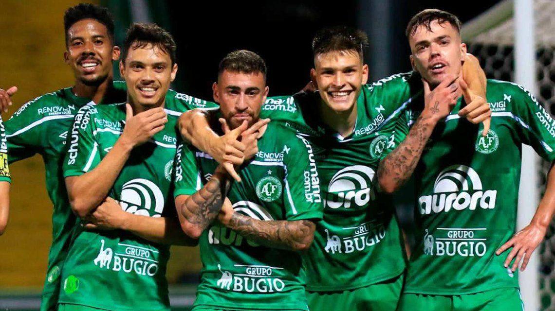 Chapecoense vuelve a la Primera División de Brasil.