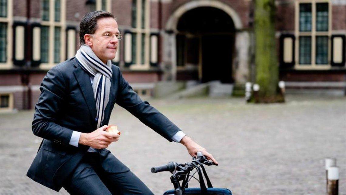 Holanda: Mark Rutte y todo el gabinete renunciaron en medio de un escándalo