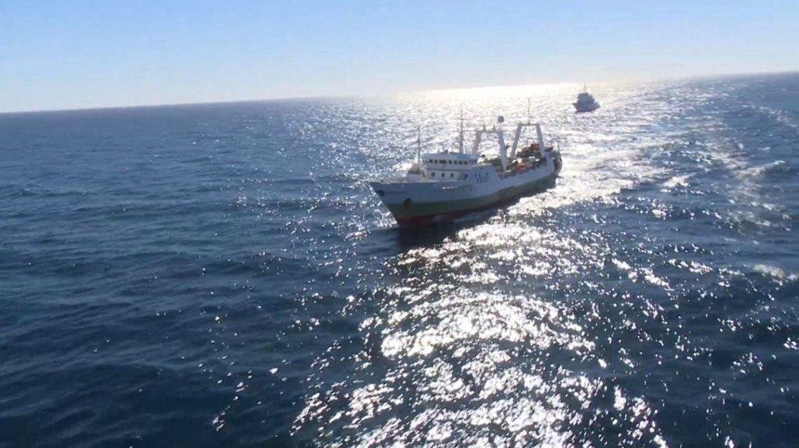 La Armada y la Prefectura identificaron más de 314 buques pesqueros