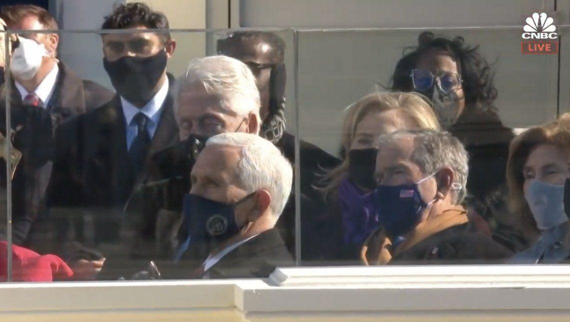 Bill Clinton se quedó dormido