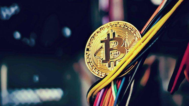 El Bitcoin abre la semana lleno de dudas: ¿crisis o repunte?