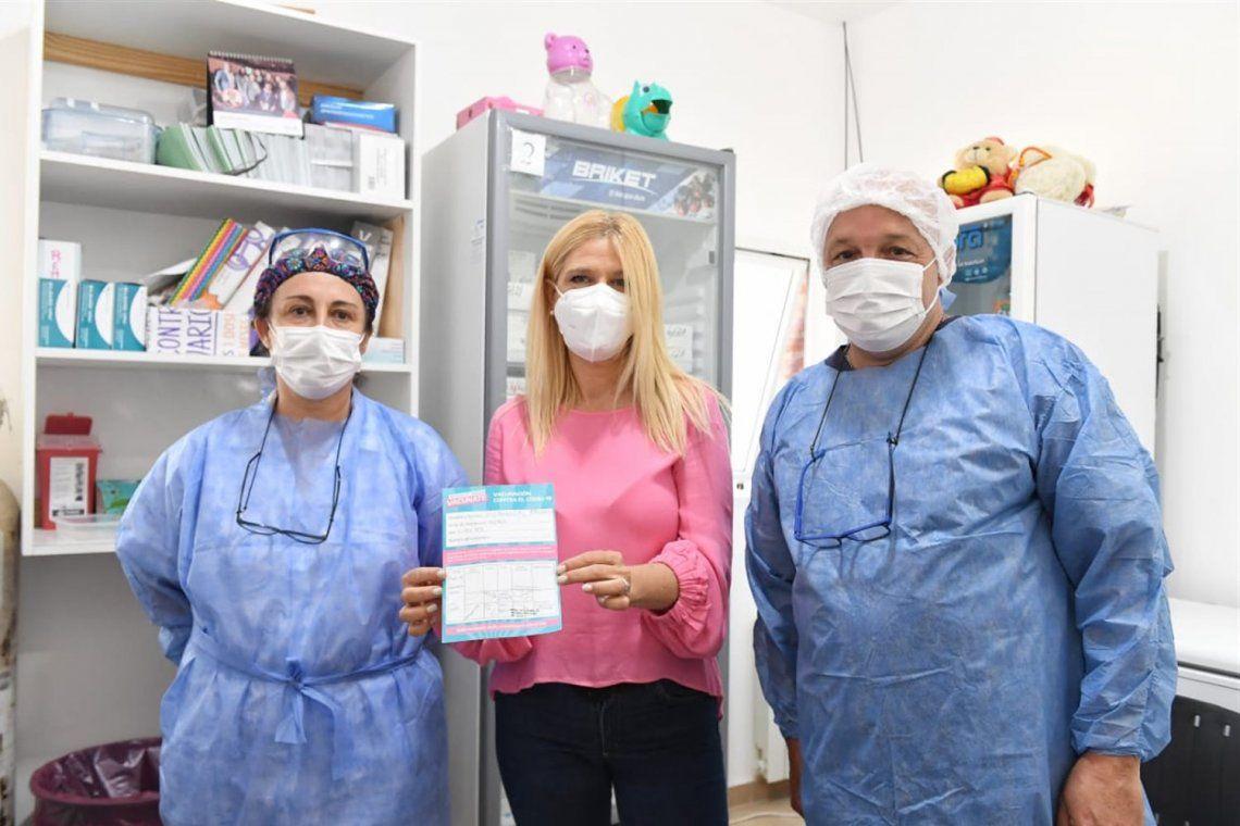 Verónica Magario se aplicó la segunda dosis de la vacuna rusa.