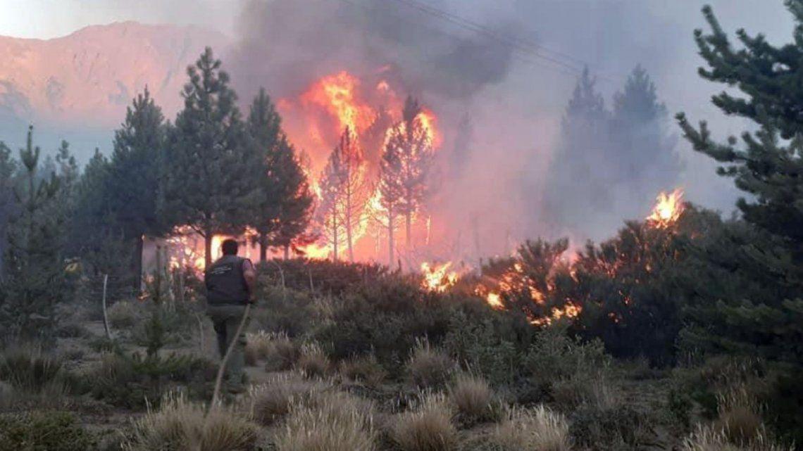 El Bolsón: imputaron a 6 turistas por el incendio forestal