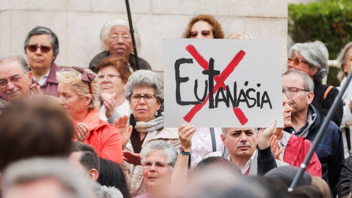 Portugal: Organizaciones de Derechos Humanos y la Iglesia Católica se oponen a la ley de eutanasia