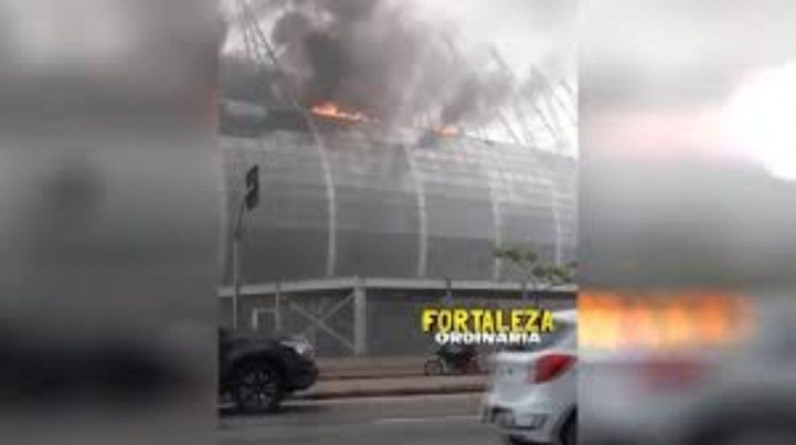 Brasil: Incendio en estadio mundialista de Fortaleza