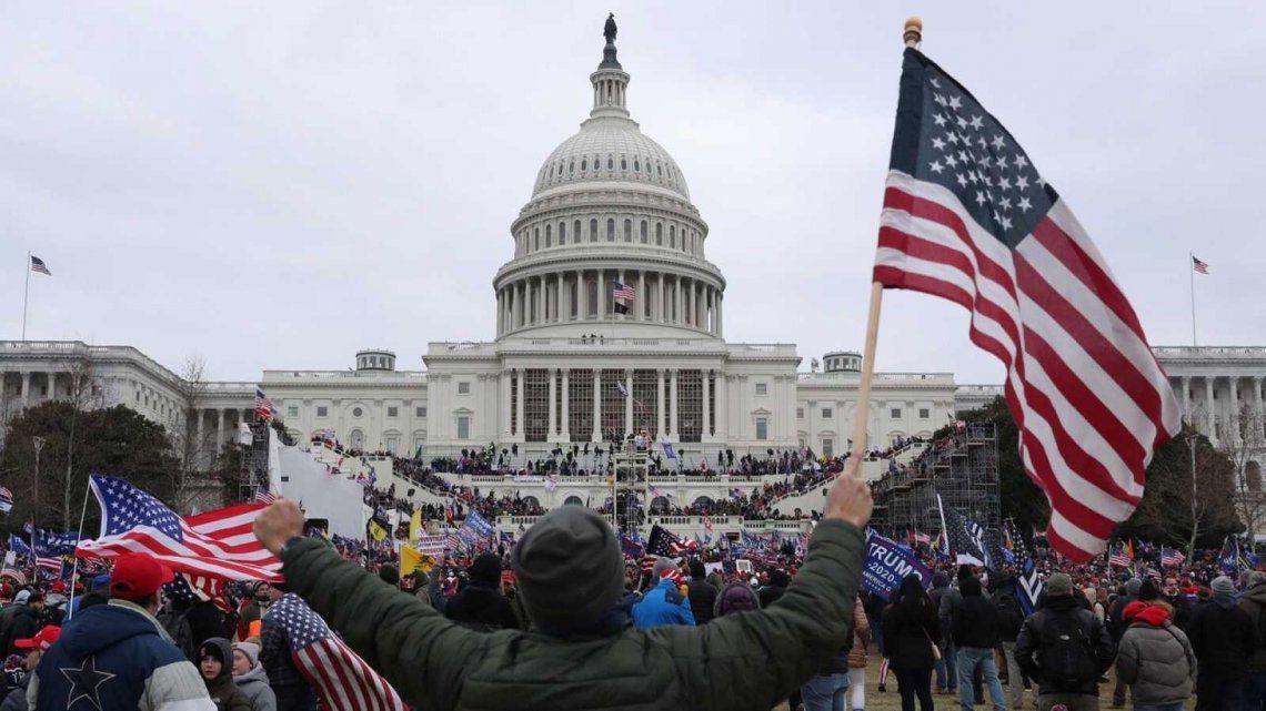 La toma del Capitolio fue financiada por seguidores de Donald Trump