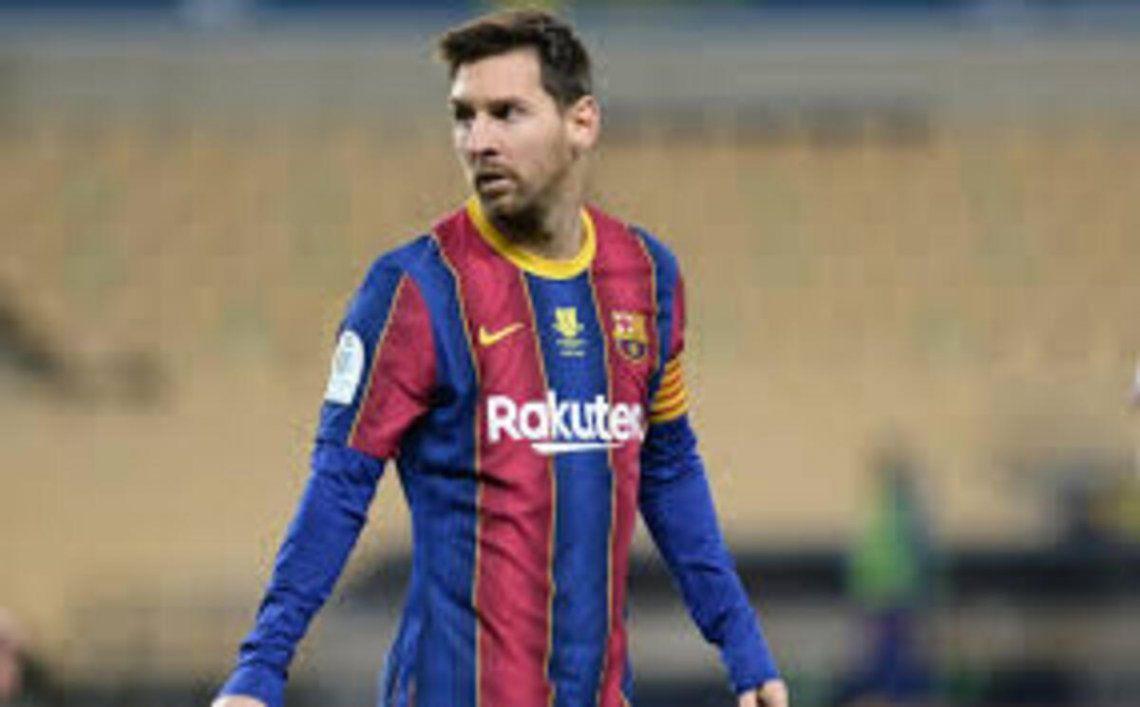 Messi fue acusado de arruinar al Barcelona y el club lo defendió.