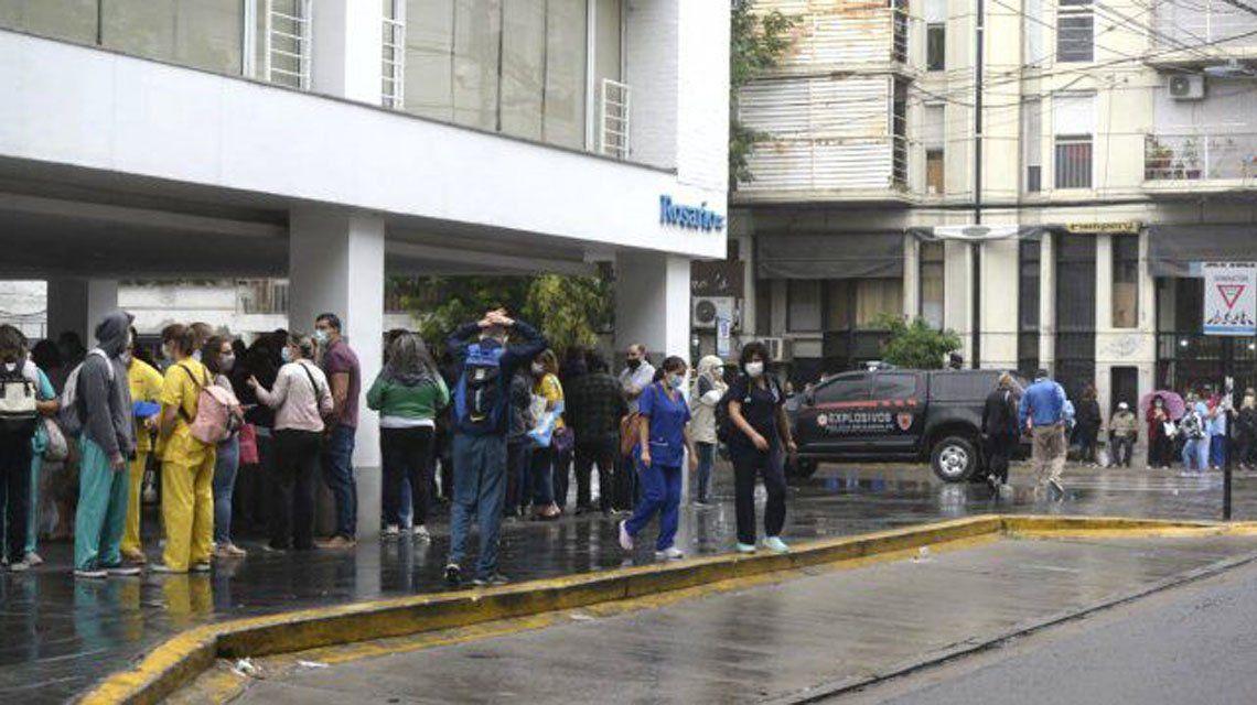 Rosario: Un hospital debió ser evacuado por amenaza de bomba.