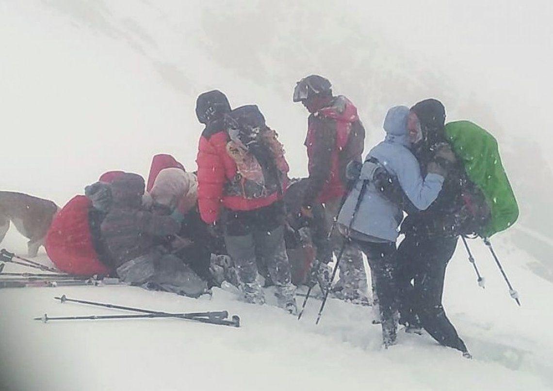 Mendoza: rescate en la montaña.