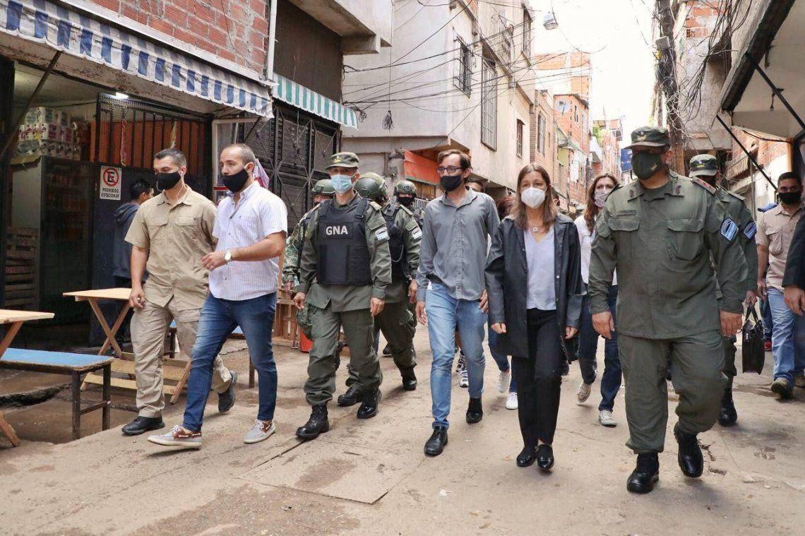 Gendamería se redespliega en el Barrio Ricciardelli con la supervisión de la ministra de Seguridad