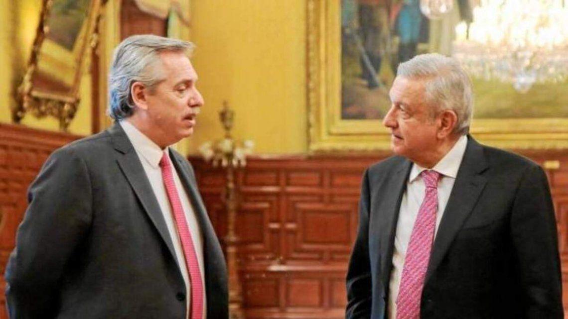 Alberto Fernández fue invitado por López Obrador