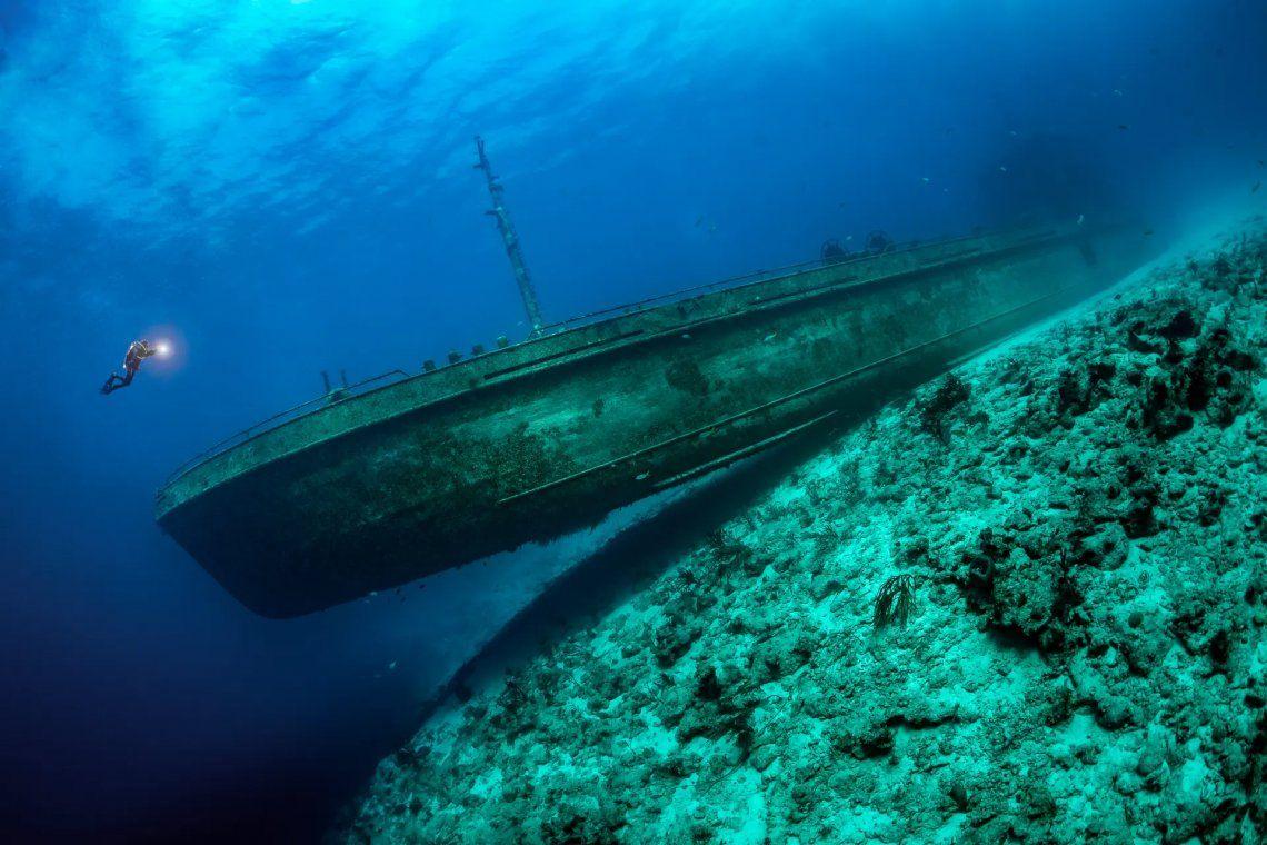 Ganador de la categoría de naufragios. Tobias Friedrich (Alemania).