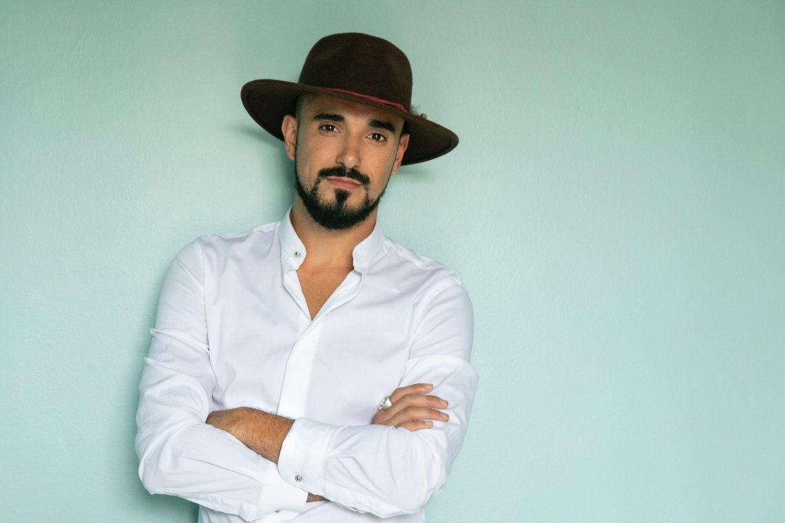 Abel Pintos presentó su nuevo single El amor en mi vida