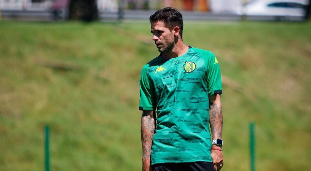 Fernando Gago hará su debut como entrenador de Aldosivi