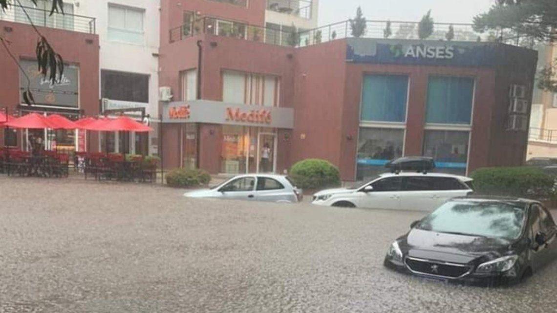 Pinamar: intensas lluvias.